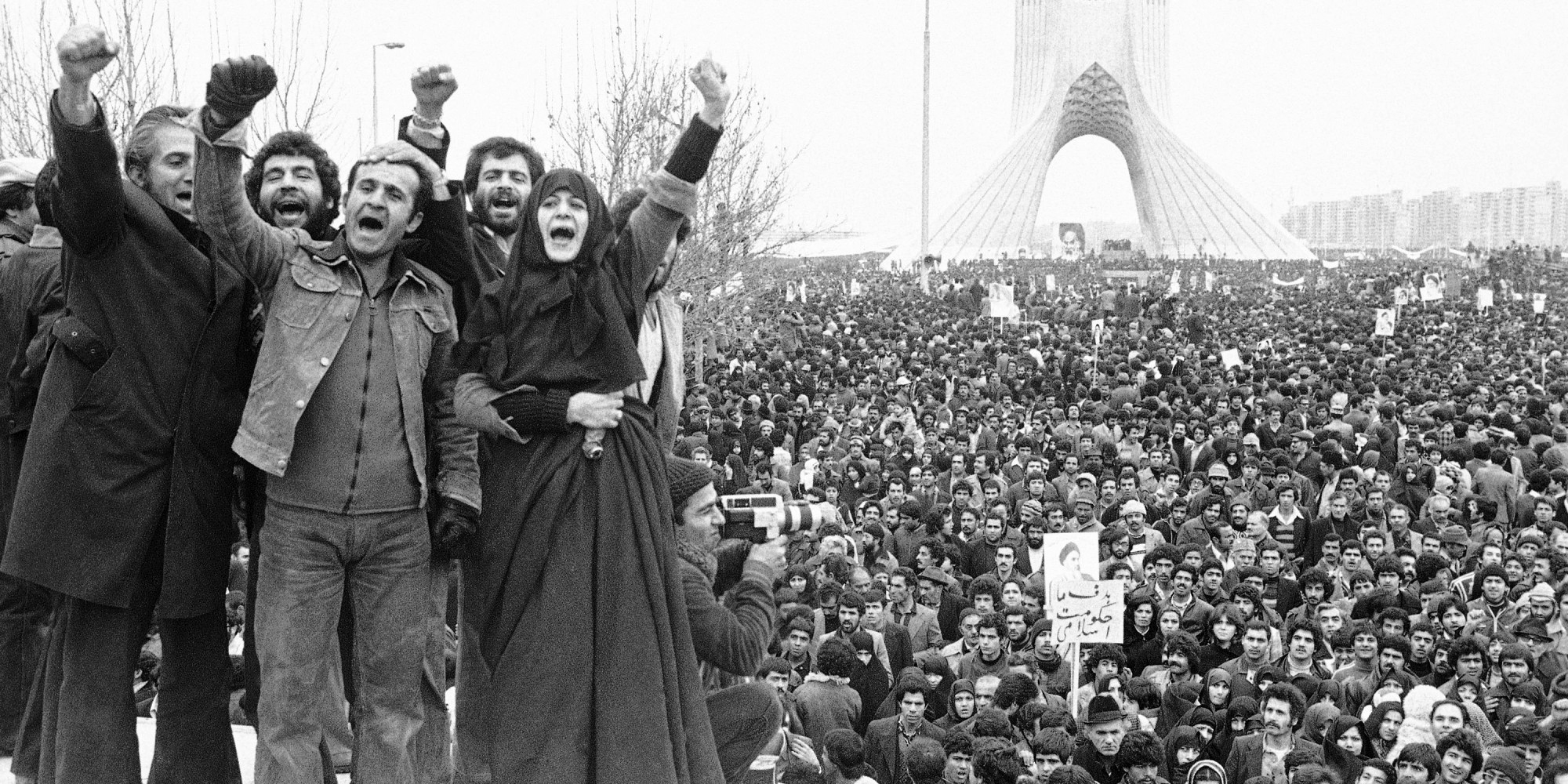 iranian_revolution_in_shahyad_square